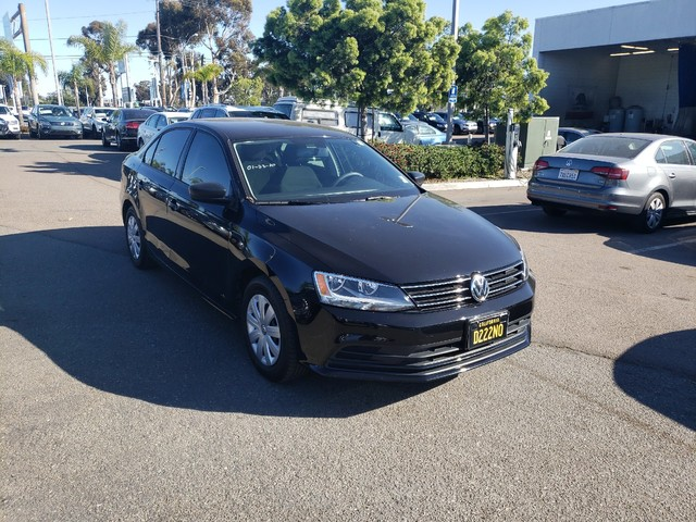 Pre-Owned 2016 Volkswagen Jetta S w/Technology