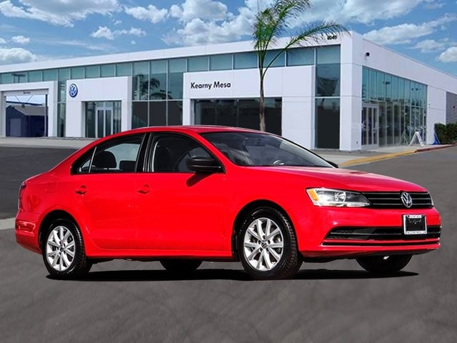 Pre-Owned 2015 Volkswagen Jetta SE w/Connectivity