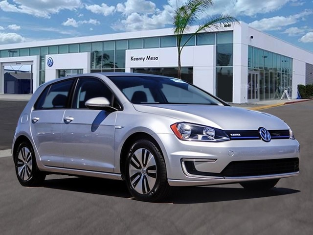 Certified Pre Owned 2016 Volkswagen E Golf Se