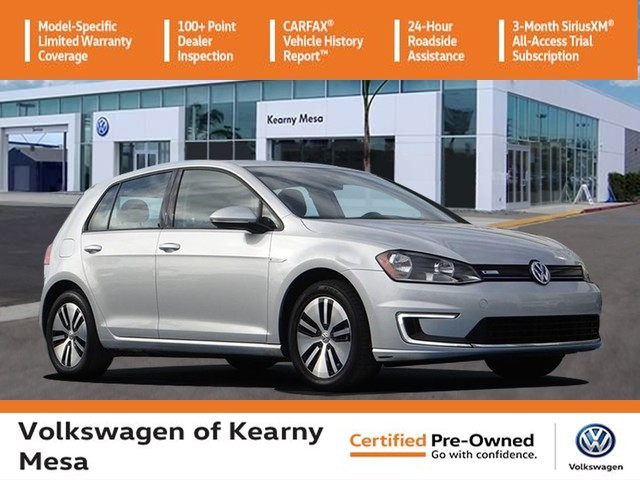 Certified Pre-Owned 2016 Volkswagen e-Golf SE w/ Fast Charging Package
