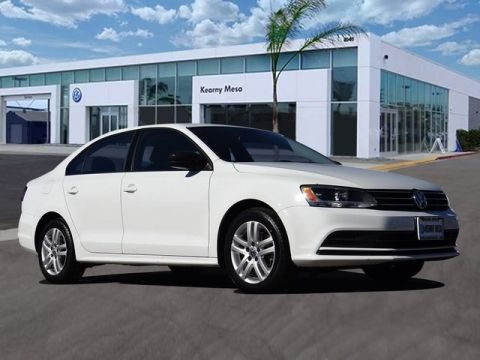 Certified Pre-Owned 2015 Volkswagen Jetta S Manual Transmission w/Technology